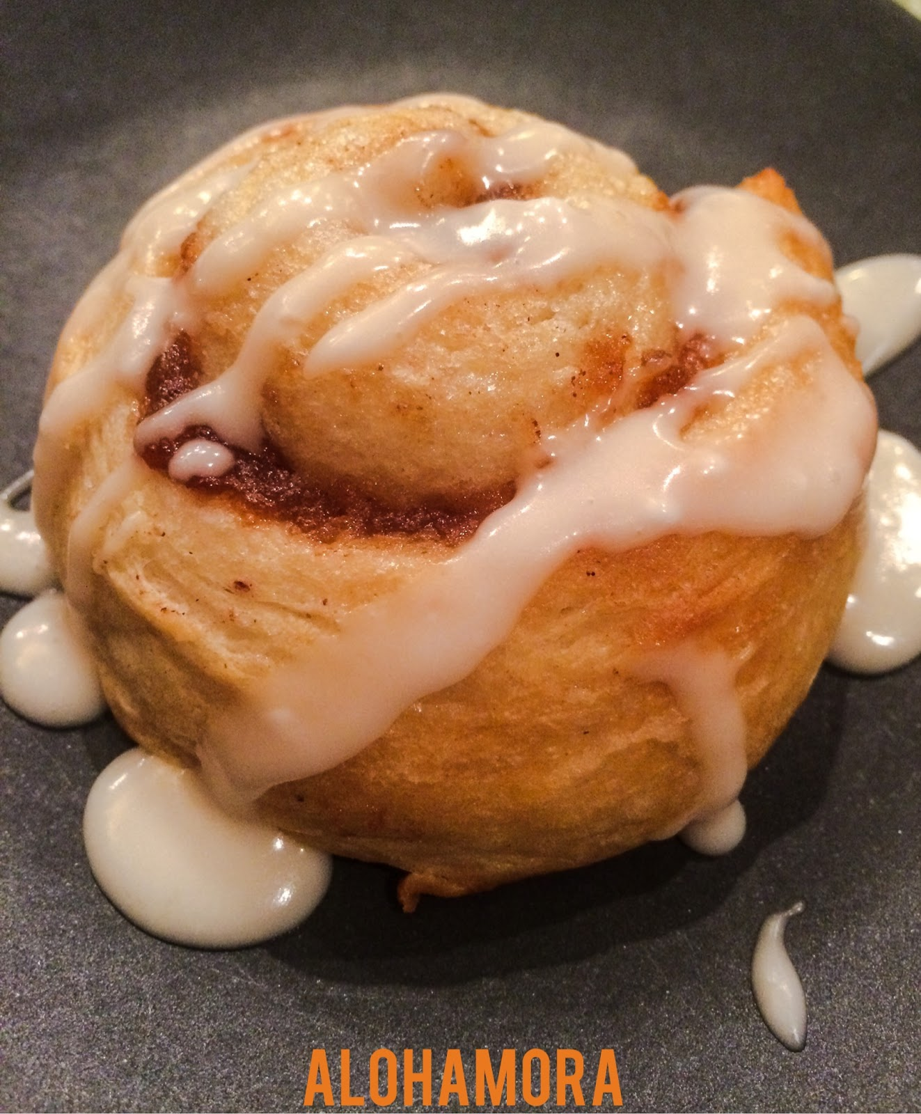 Apple Butter Rolls taste like a cross between a cinnamon roll and a danish.  However, these delicious rolls are fast (15 minutes) and easy to make.  Alohamora Open a Book  http://alohamoraopenabook.blogspot.com/