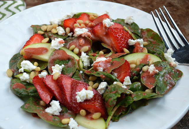 Spinach Salad with Goat Cheese, Strawberries and Strawberry Balsamic Vinaigrette