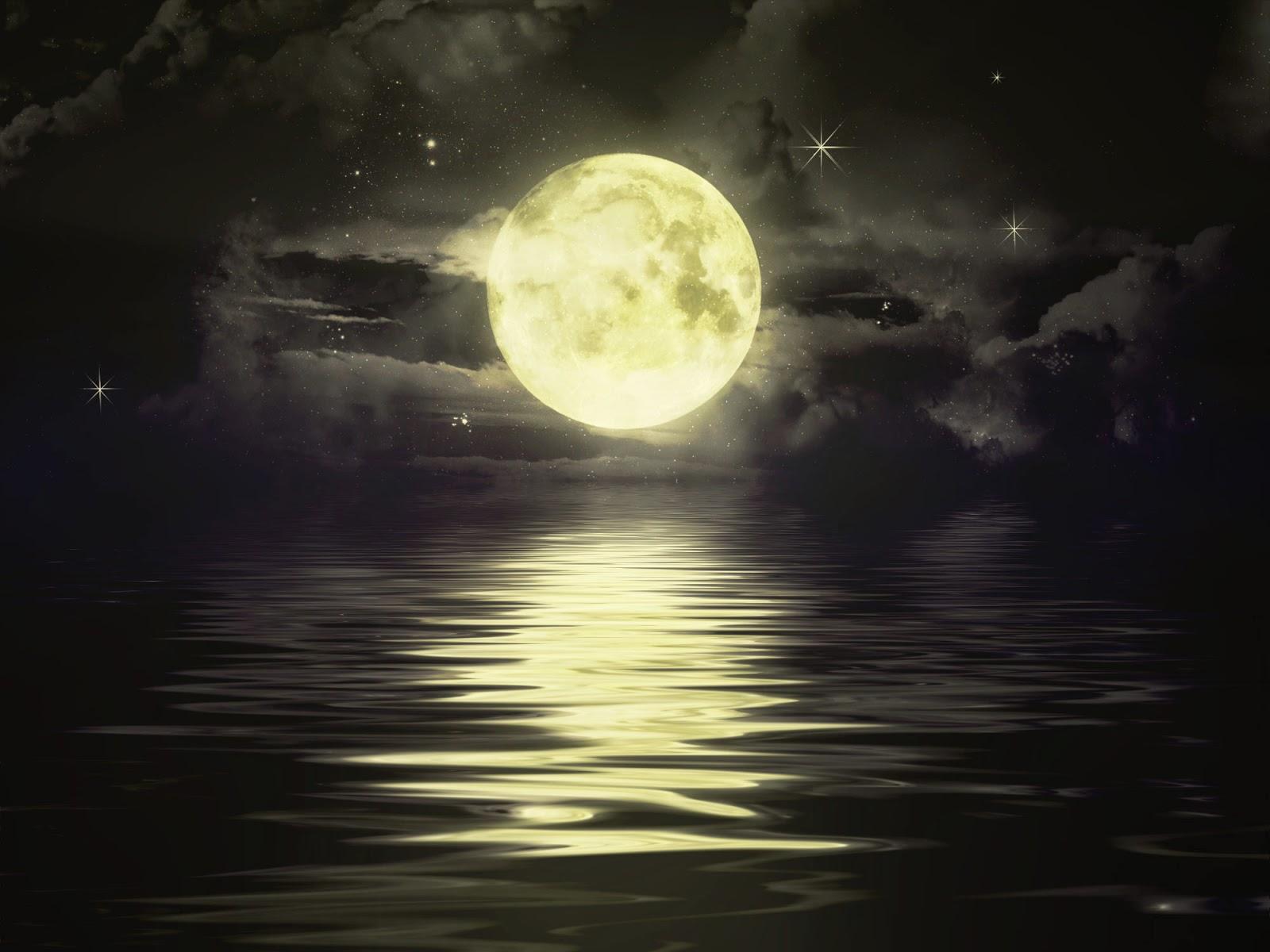 Moon-image-with-stars-near-sea-at-night-pic.jpg