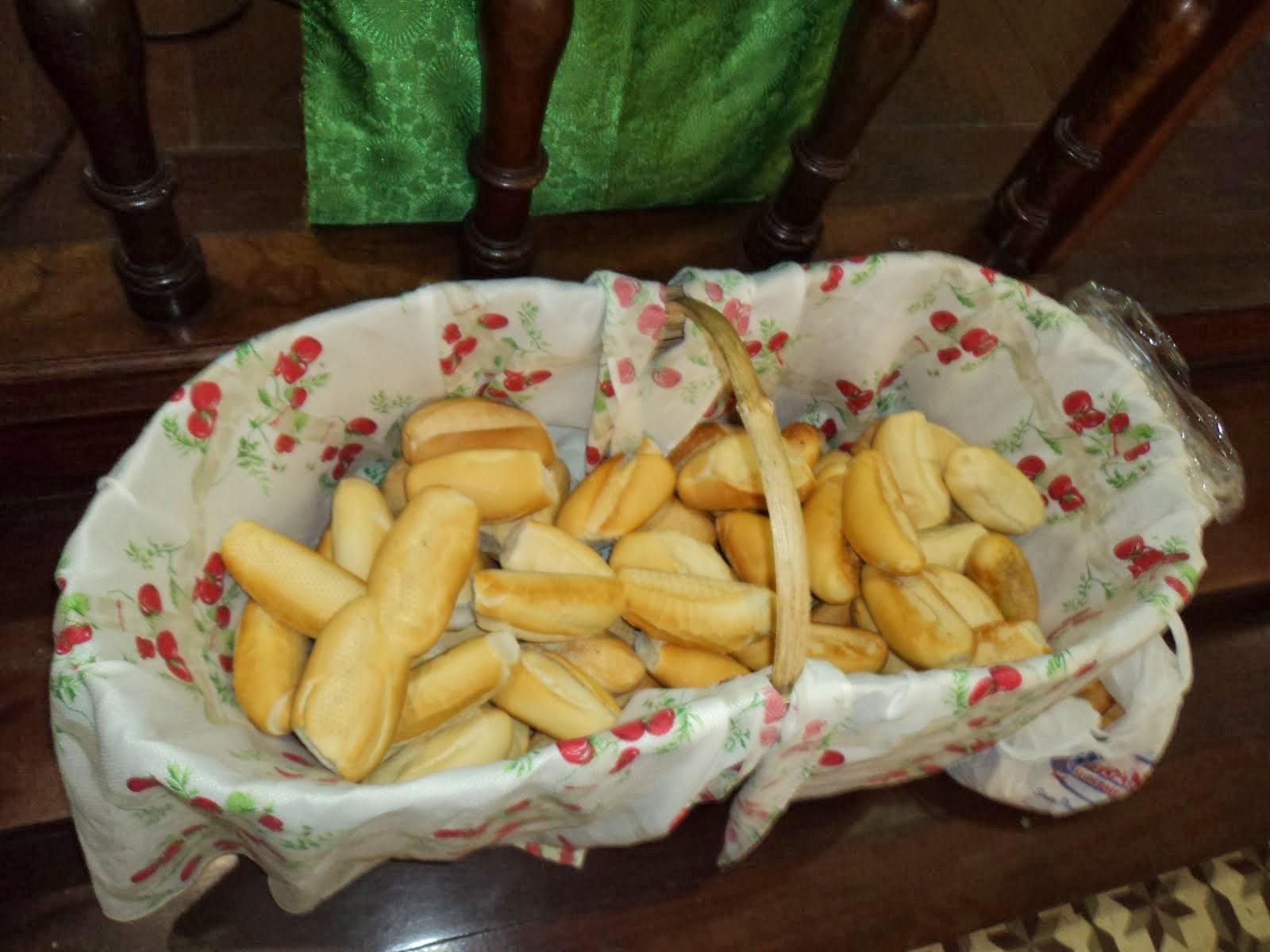 Missa e benção dos pães de Santo Antônio