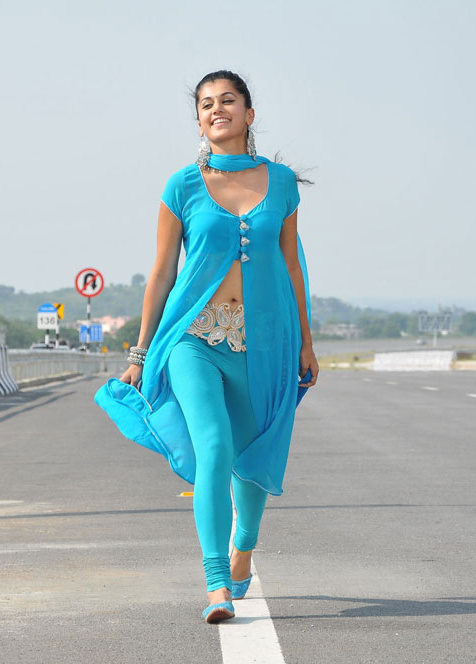 Taapsee Pannu Navel in blue suit - Taapsee Pannu mogudu Stills - blue suit on Airoplane Track