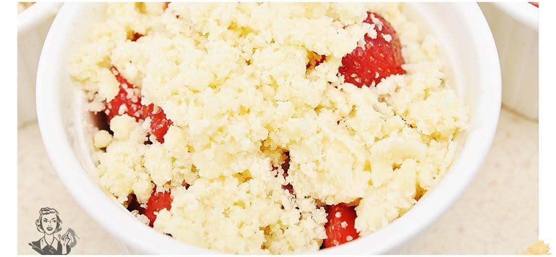 Crumble z truskawkami, czyli deser banalny
