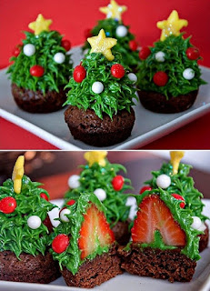 image christmas tree cupcake green red yellow star