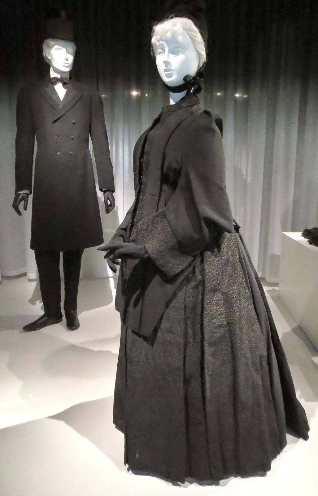 Idiosyncratic Fashionistas: GOOD MOURNING