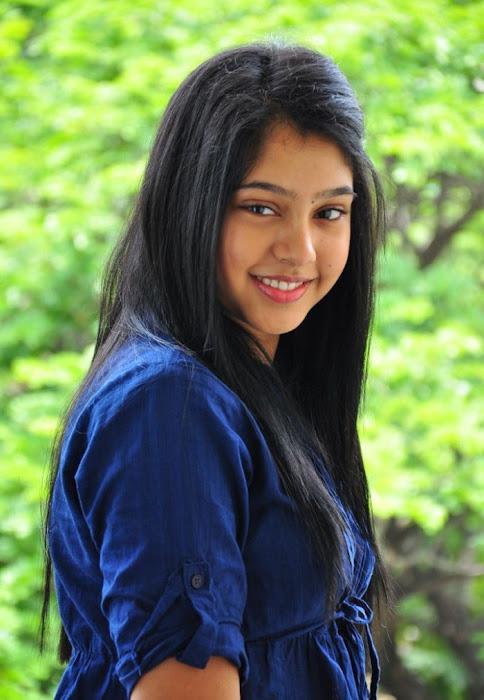 neethi taylor glamour  images
