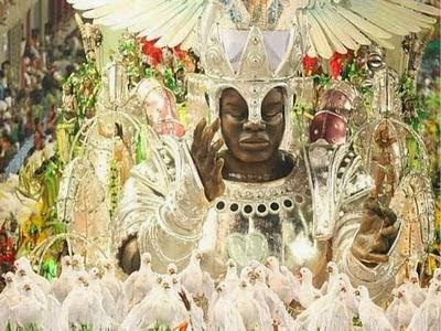 Acesse: Vídeo com samba-enredo
