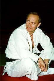 На фото: Путин-дзюдоист