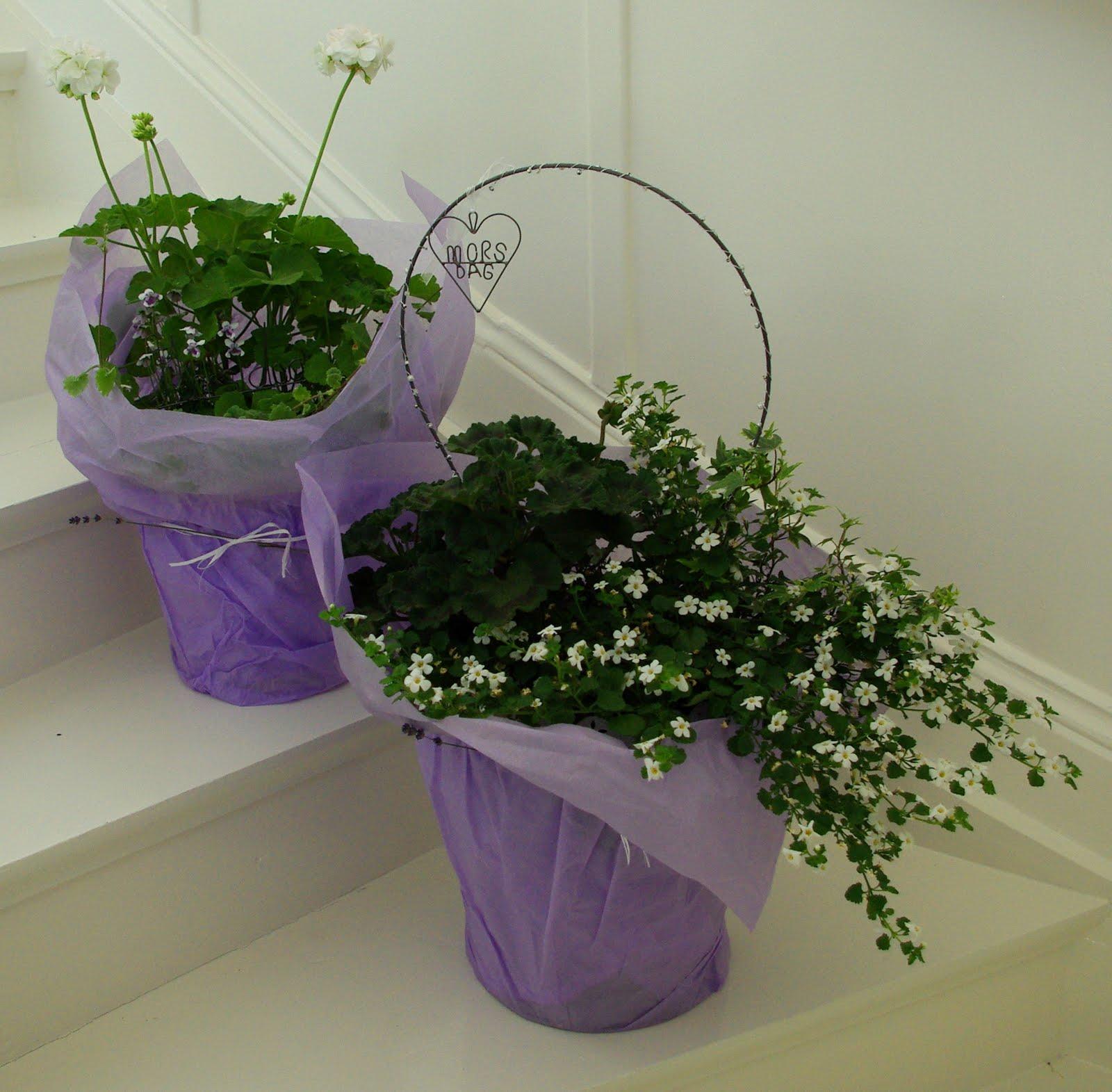 ge bort blommor