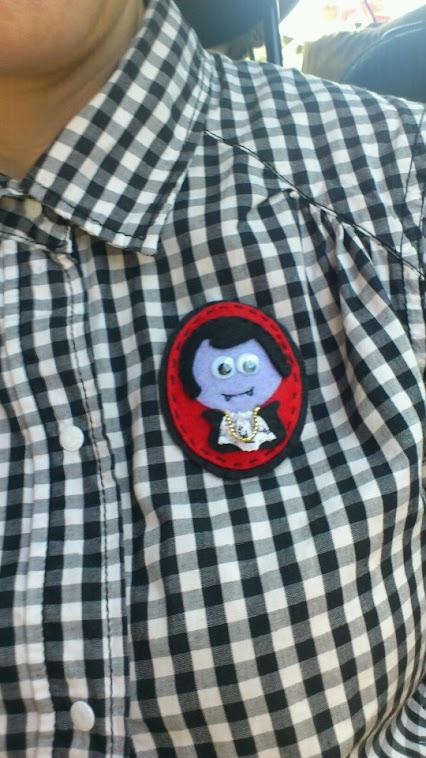Cómo se ve nuestro querido vampiro :)