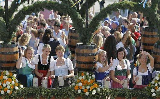 Festival Terbesar Di Dunia Yang Cocok Untuk Para Pemabuk [ www.BlogApaAja.com ]