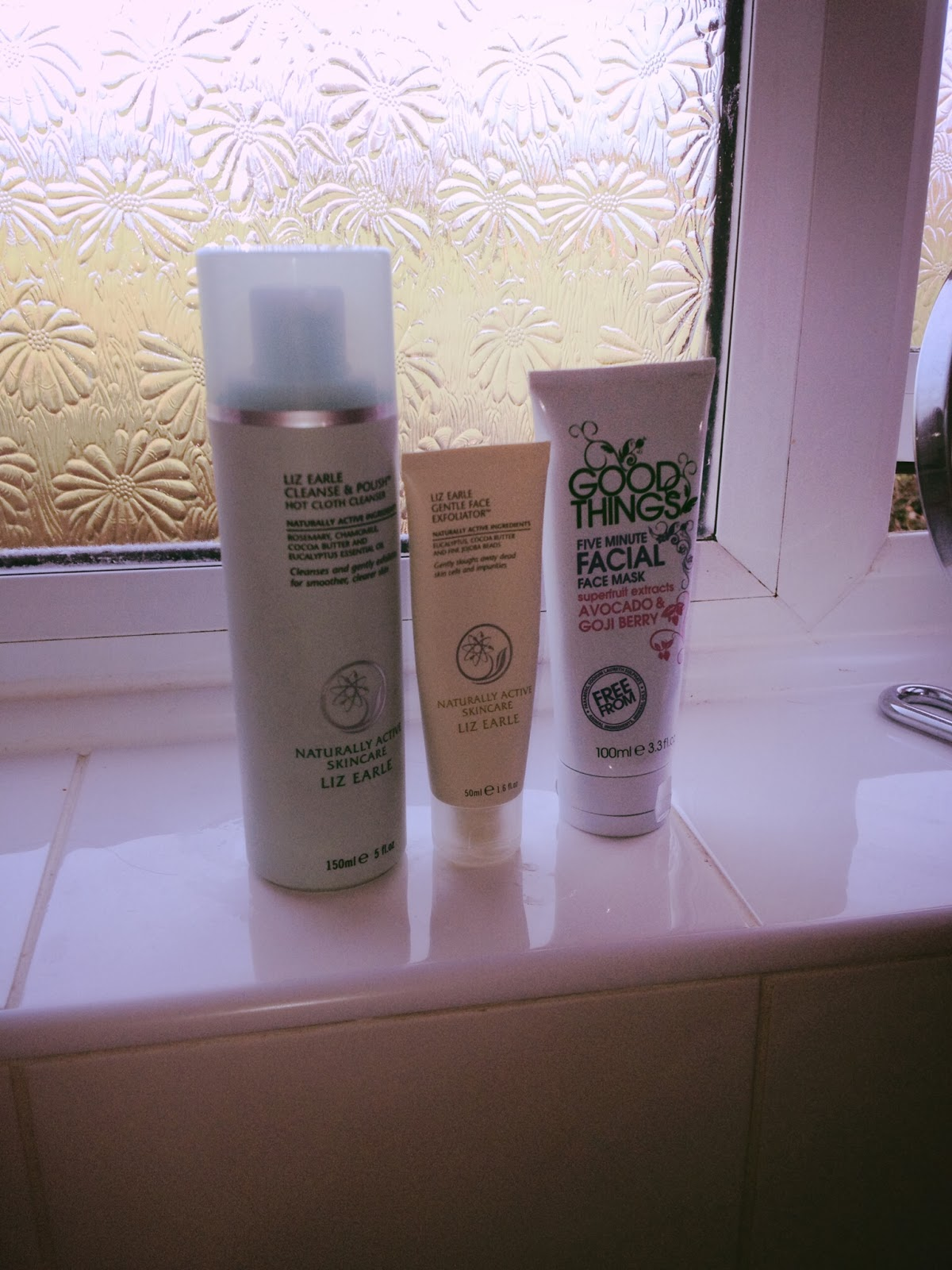 Liz Earle Cleanse and Polish, Liz Earle Gentle Face Exfoliator, Good Things Five Minute Facial 2