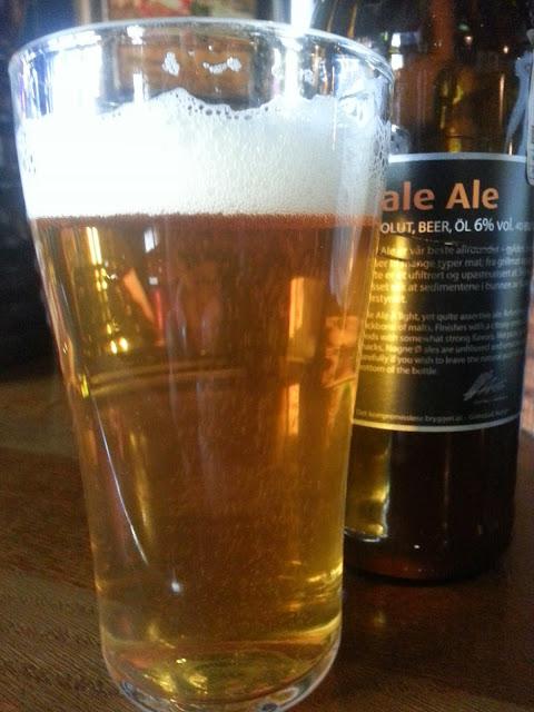 Nogne O Pale Ale в бокале
