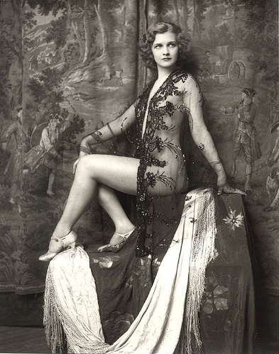 Follies Girl #1920s #ziegfeld #fashion #lace #vintage