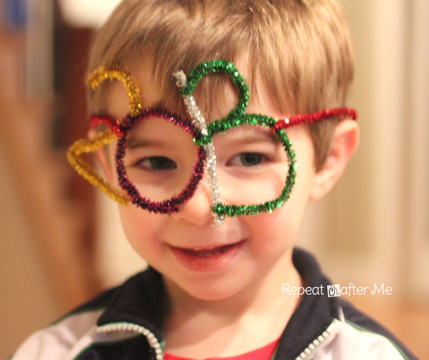 Pipe Cleaner New Year Glasses