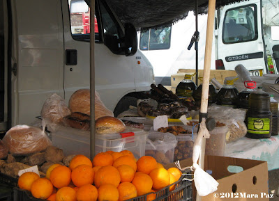 Algoz market - oranges and olive oil