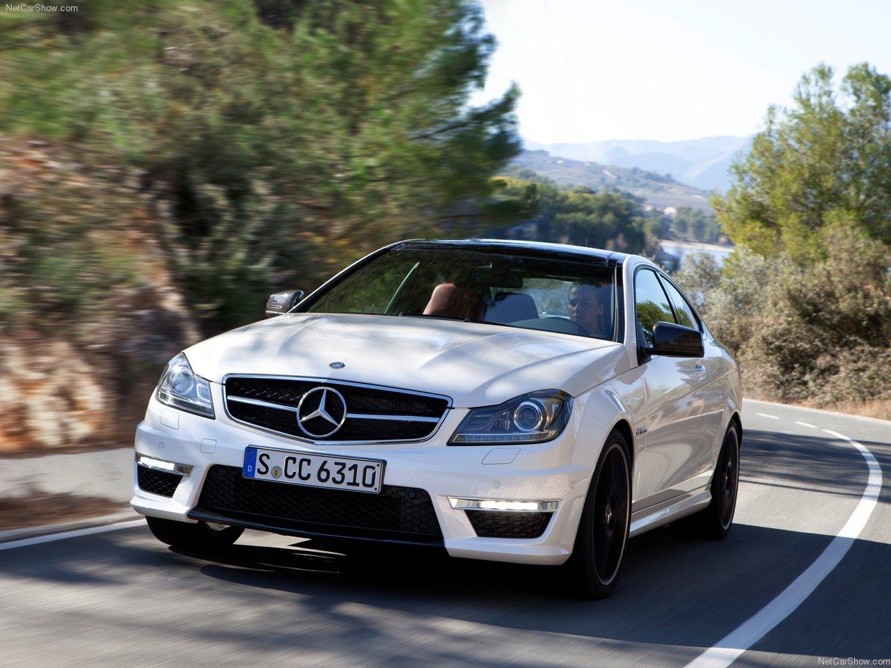 http://1.bp.blogspot.com/-HWWYP5hcyRo/TYYbw60VszI/AAAAAAAAN3M/qoFoDgtCDYE/s1600/Mercedes-Benz-C63_AMG_Coupe_2012_1280x960_wallpaper_01.jpg