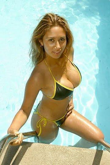 Pamela Diaz Hot