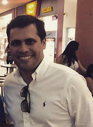 Carlos André - Prefeito de Santa Cruz da Vitoria
