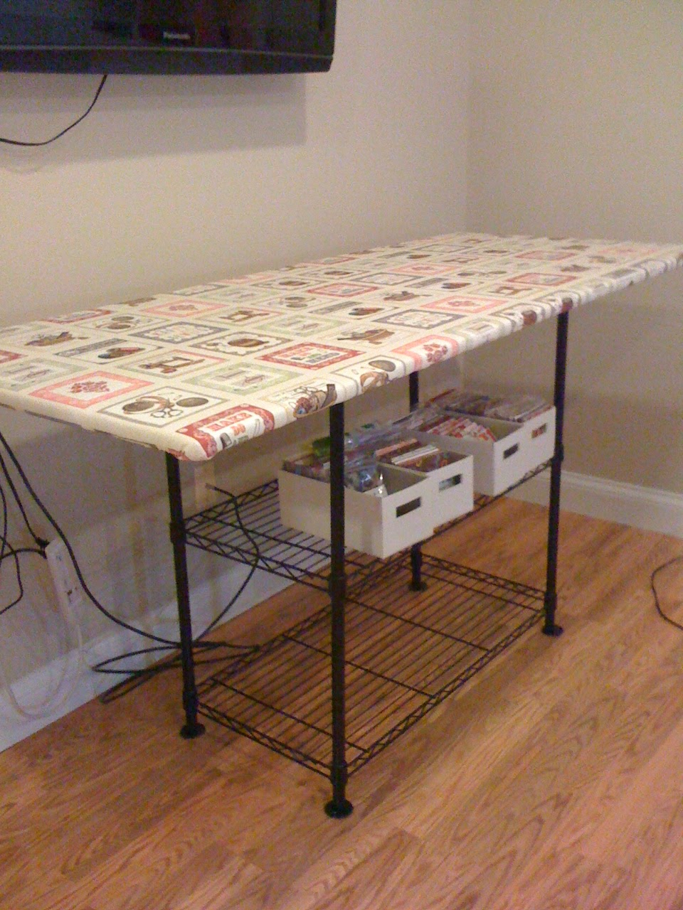 Karen's Sewing Room: Ironing Station : ironing table for quilting - Adamdwight.com
