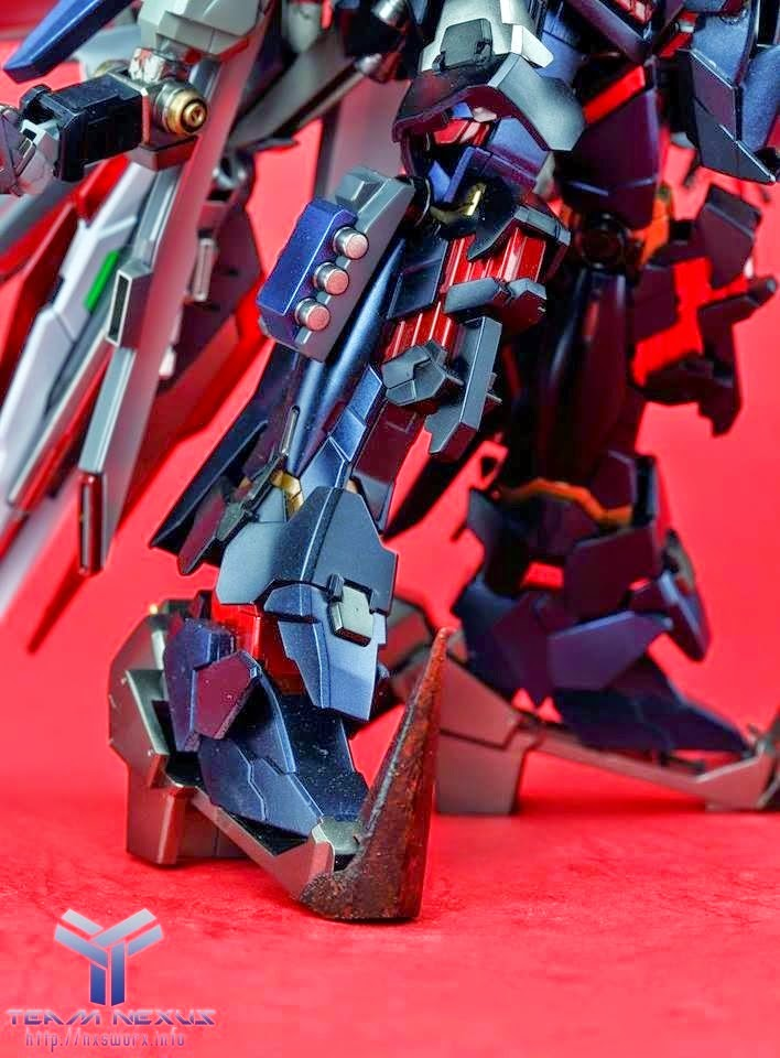 HGUC Banshee modeled by Leon Huangphoto