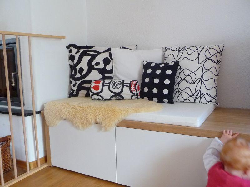 meine gr ne wiese neue kissen. Black Bedroom Furniture Sets. Home Design Ideas