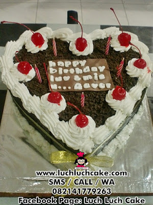 Blackforest Love Birthday Cake Daerah Surabaya - Sidoarjo