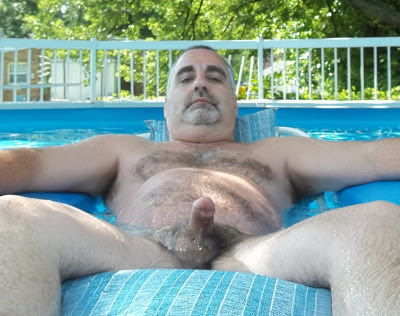gay matures - naked daddy bears - handsome dad - mature fur gay men
