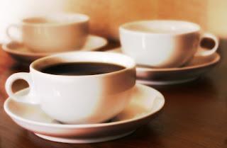 القهوة والشاي احد اسباب حموضة المعدة