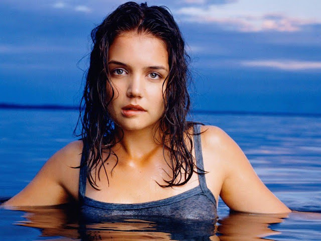 Katie Holmes sexy on the beach
