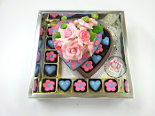 Chocolate Box Love Shape - L