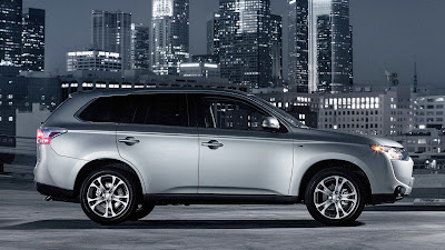 2014 mitsubishi outlander us version