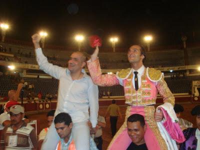 David Mora y el ganadero Ramírez