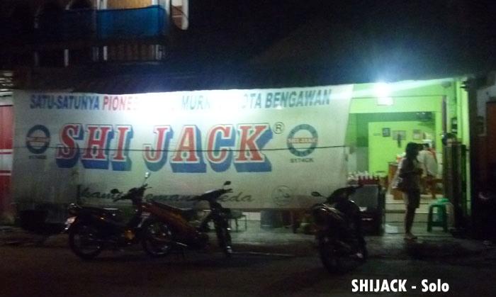 Lima Kosong Tiga: Shi Jack, Pioneer Susu Segar ala Solo