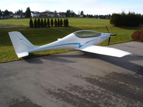Pesawat terbang dengan dunia listrik
