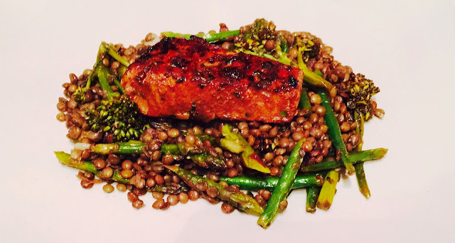 Seared tuna with Puy lentil, purple broccoli, asparagus and green beans