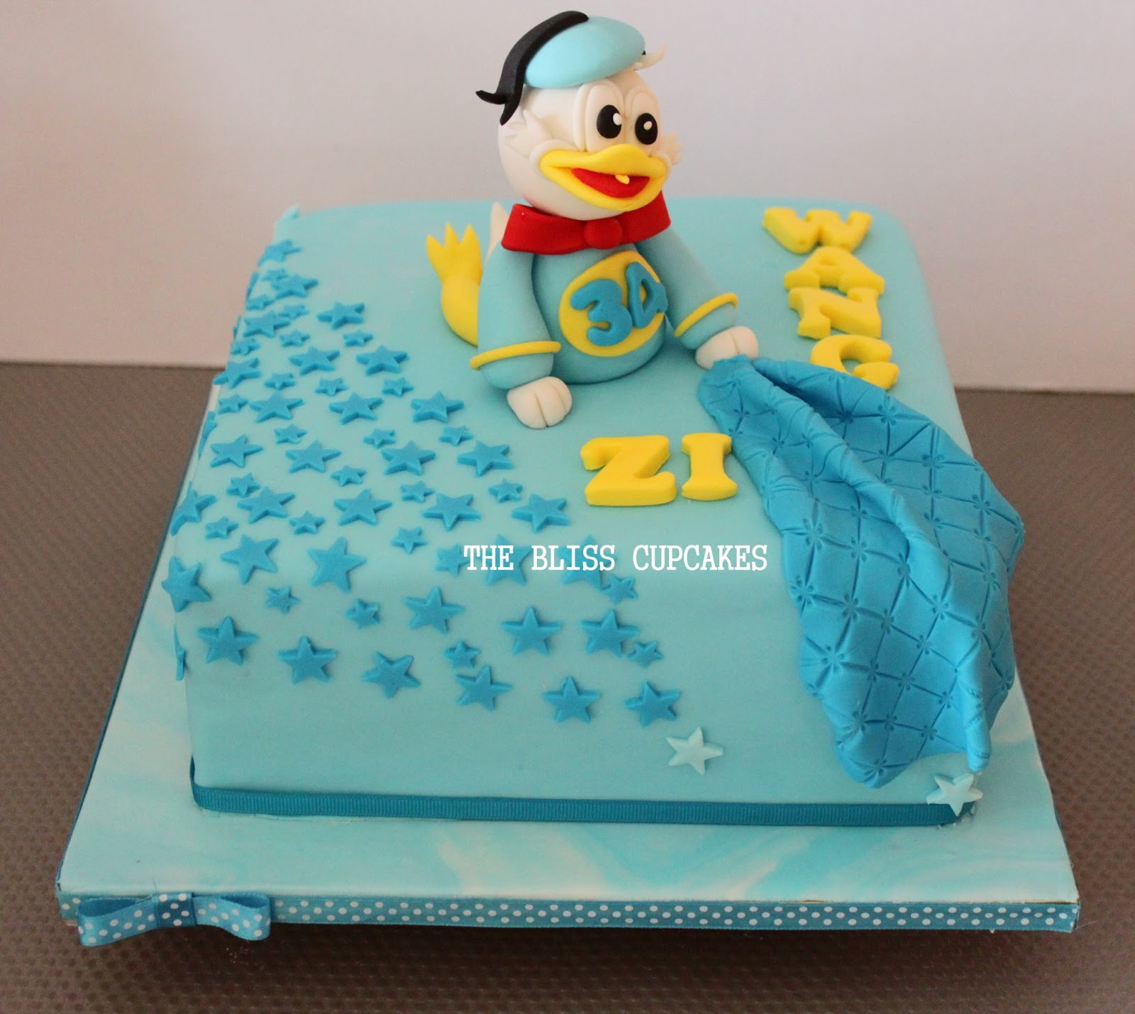 The Bliss Cupcakes Donald Duck Birthday Cake