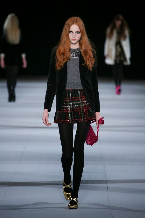 Saint-Laurent, Saint-Laurent-womenswear, Saint-Laurent-fall-winter-2014, Saint-Laurent-autumn-winter-2014, Saint-Laurent-automne-hiver-2014, Saint-Laurent-ready-to-wear, Saint-Laurent-pret-a-porter, Saint-Laurent-Paris, Saint-Laurent-Hedi-Slimane, Hedi-Slimane, Hedi-Slimane-Daft-Punk, Yves-Saint-Laurent, YSL, sac-yves-saint-laurent, sacs-yves-saint-laurent, sacs-YSL, dudessinauxpodiums, du-dessin-aux-podiums, fashion, mode, pfw, pfwreview, paris-fashion-week, fashion-week, fashion-week-2014, paris-fashion-week-2014, paris-fashion-week-review, evening-dresses, blog-mode, cocktail-dresses, dresses-online, plus-size-dresses, ladies-dresses, womenswear, mode-a-paris, designer-dresses, site-vetement-femme, robes-sexy, sexy-clothes, robe-guess, robe-classe