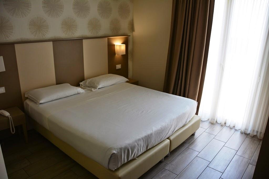 L'Hotel Rimini room