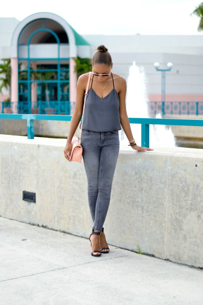Moto Jeans | Summer to Fall Outfits