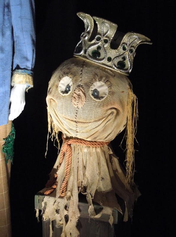 Return to Oz Scarecrow head crown