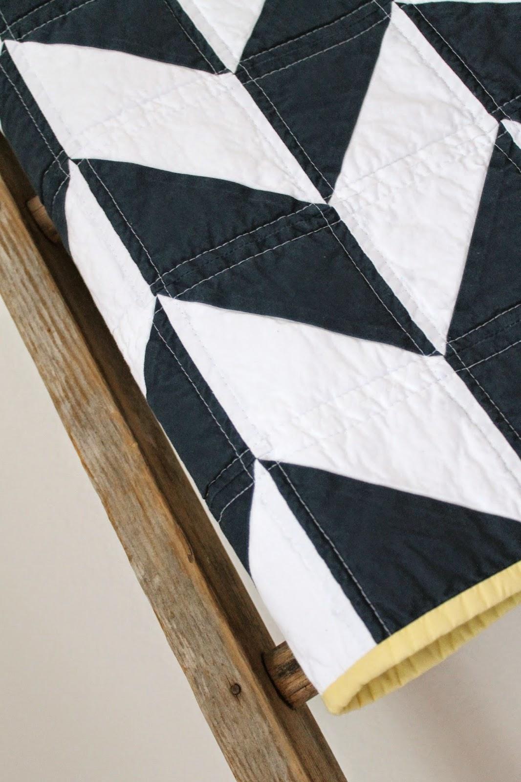 craftyblossom: navy and white nautical herringbone quilt. : navy white quilt - Adamdwight.com
