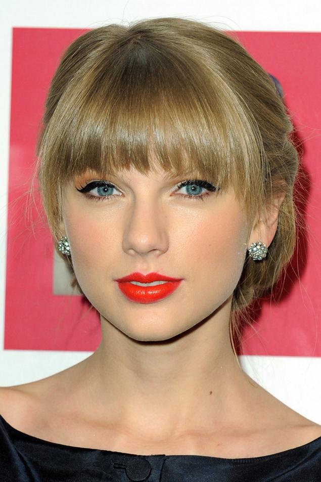 my-red-wardrobe-it-girls-taylor-swift