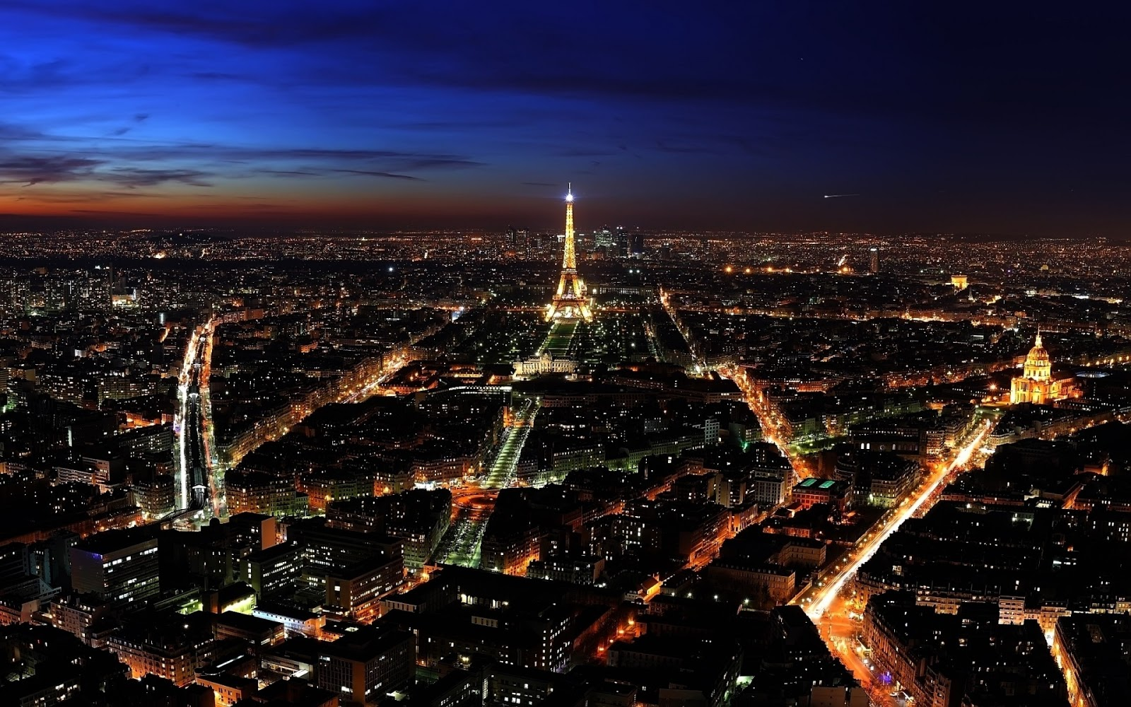 Paris  Paris at Night ...