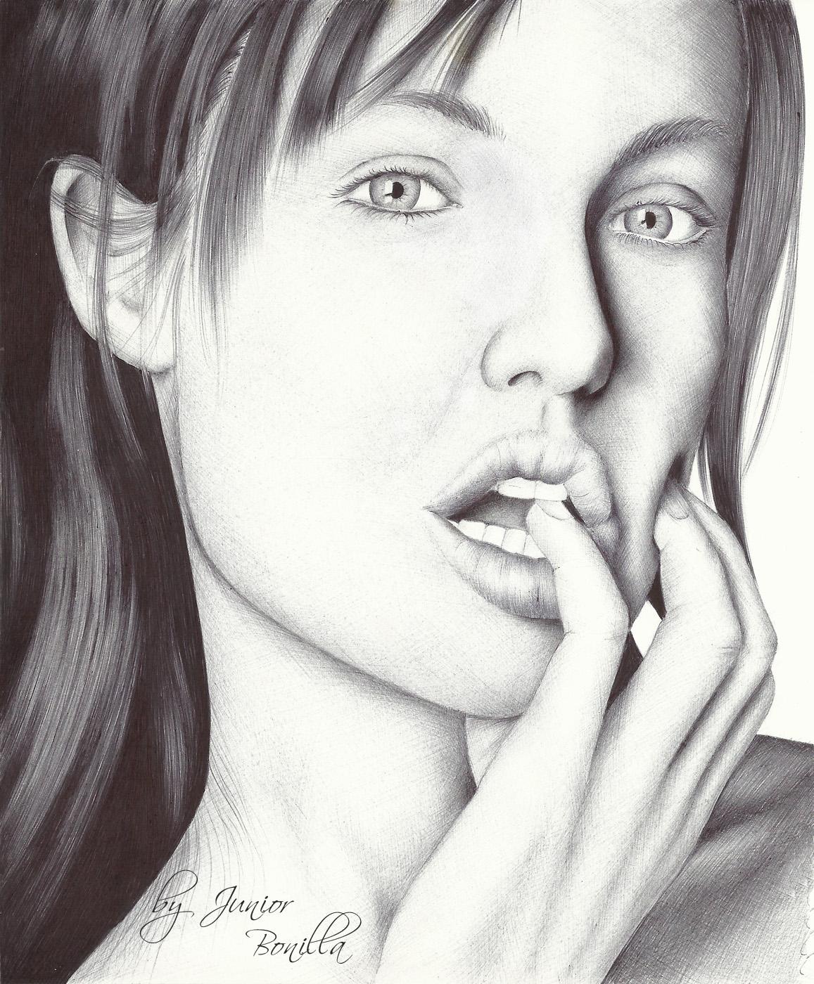 http://1.bp.blogspot.com/-HYj9JgYGELs/T_hY0u2Q3FI/AAAAAAAABp8/YVazBacqC_c/s1600/Portrait%2BAngelina%2BJolie.jpg