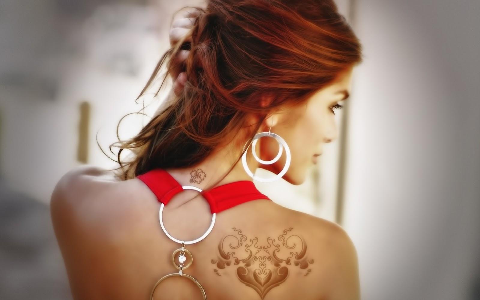 http://1.bp.blogspot.com/-HYtJ3S969Uw/UPWUqvWgaYI/AAAAAAAACEc/EvtxW4RyIDQ/s1600/New+HD+Girls+Wallpapers.jpg
