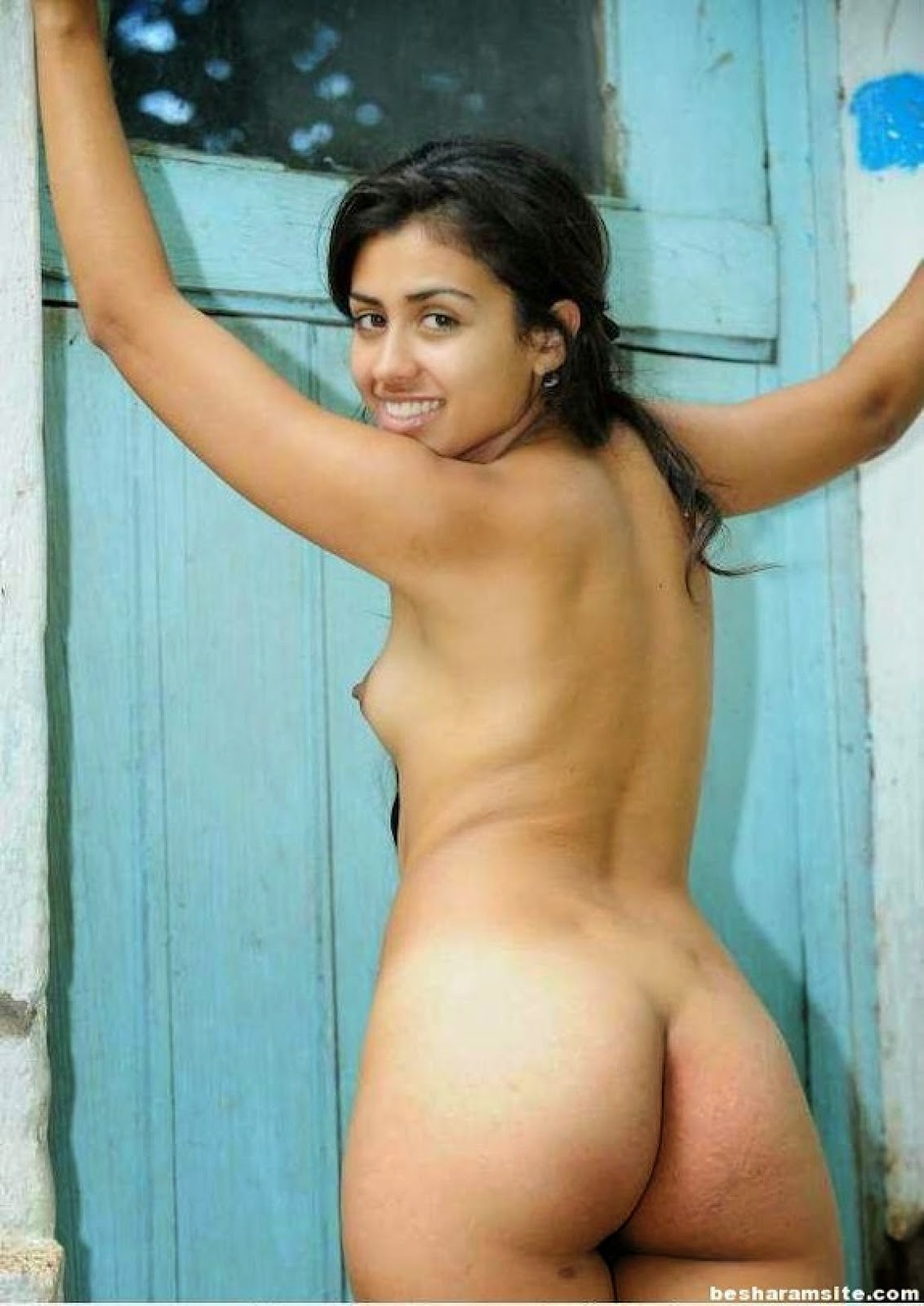 sexy ass nude woman