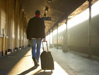 Pria Ini Tunggu Kekasihnya Selama 20 Tahun di Stasiun