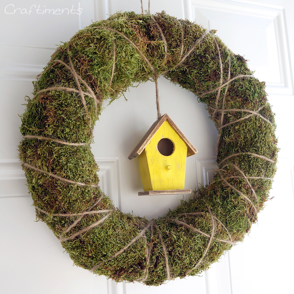 Craftiments:  DIY moss and twine wreath for Spring
