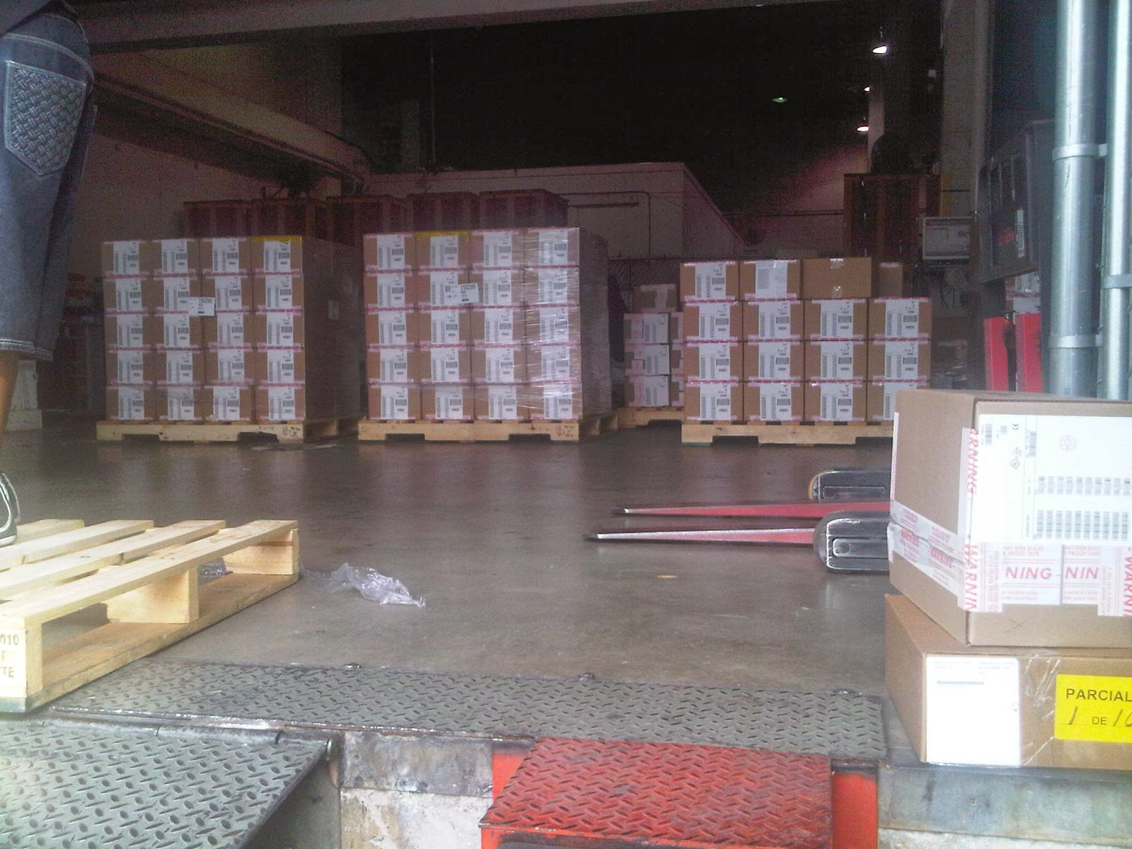 wholesale supplier, Apple iPad, fly and buy, physical warehouse,