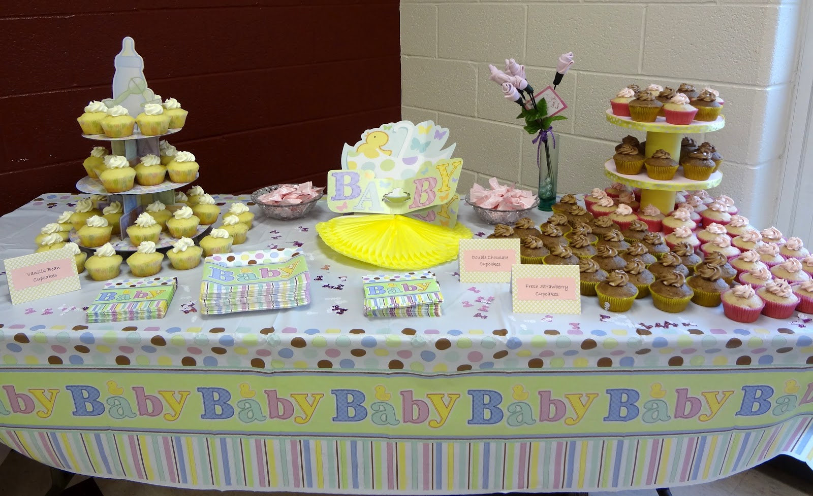 baby shower cupcake table Baby shower ideas Pinterest